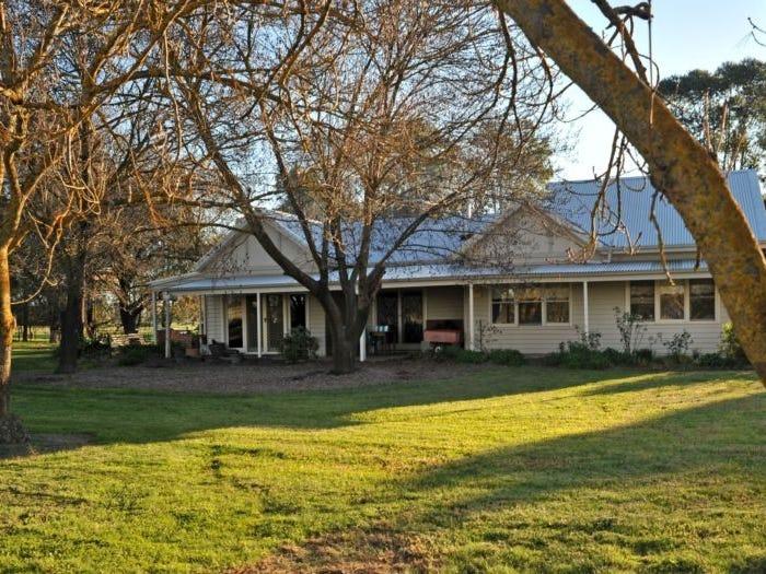 111 Hughes Road, Boralma, Vic 3682