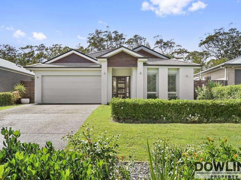 21 Paperbark Court, Fern Bay, NSW 2295
