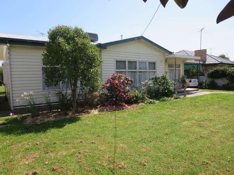 7 Pioneer Place, Walla Walla, NSW 2659