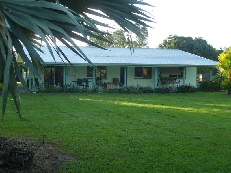 185 Etty Bay Road, Etty Bay, Qld 4858