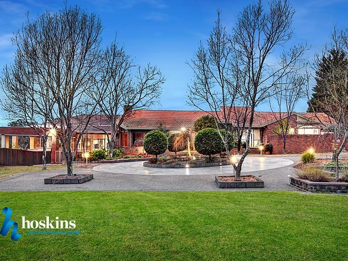 168 Knees Road, Park Orchards, Vic 3114