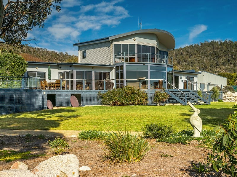 313 Harveys Farm Road, Bicheno, Tas 7215