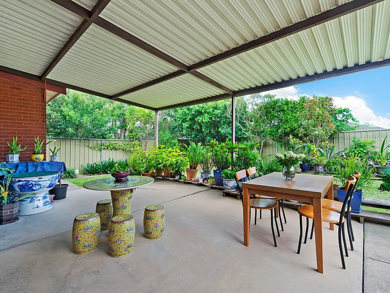 11 Fox Hills Crescent, Prospect, NSW 2148