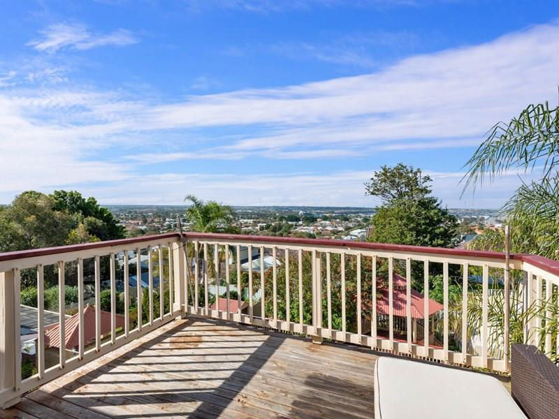 30  Princess Road, Doubleview