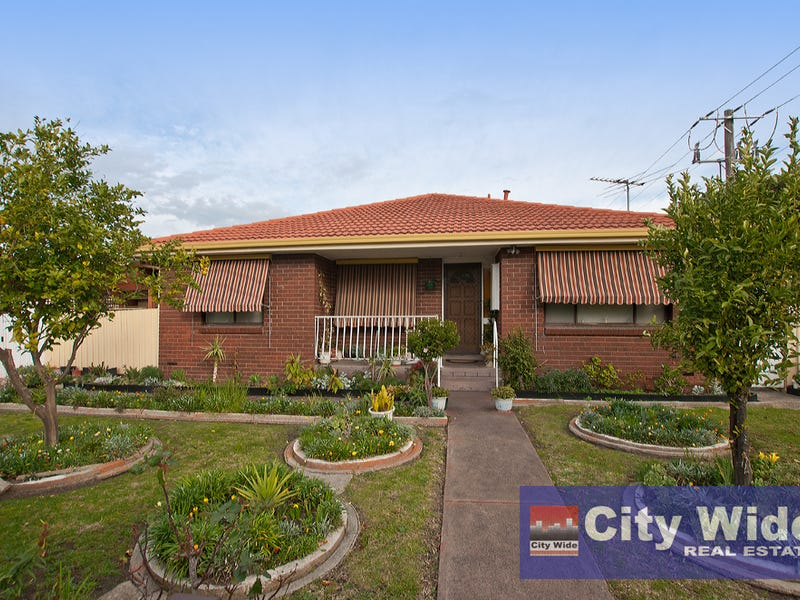 1/2 Oakes Avenue, Clayton South, Vic 3169