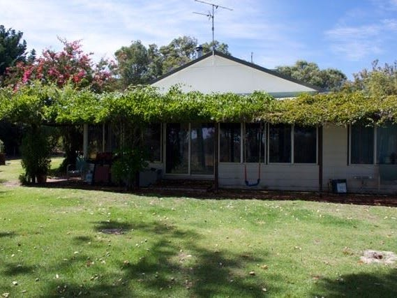 25 Husband Road, Barragup, WA 6209