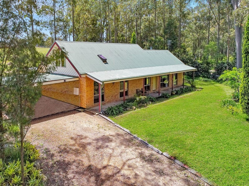 8 Rabar Close, Seaham, NSW 2324