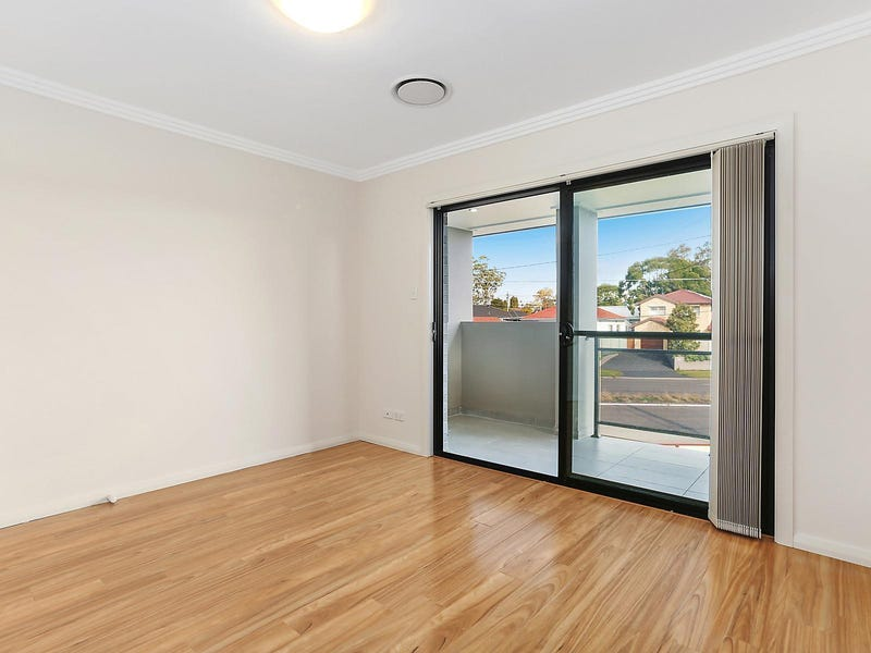 965 Henry Lawson Drive, Padstow Heights, NSW 2211