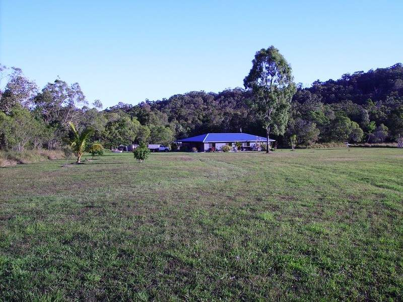 4 Leeder Road, Conway, Qld 4800