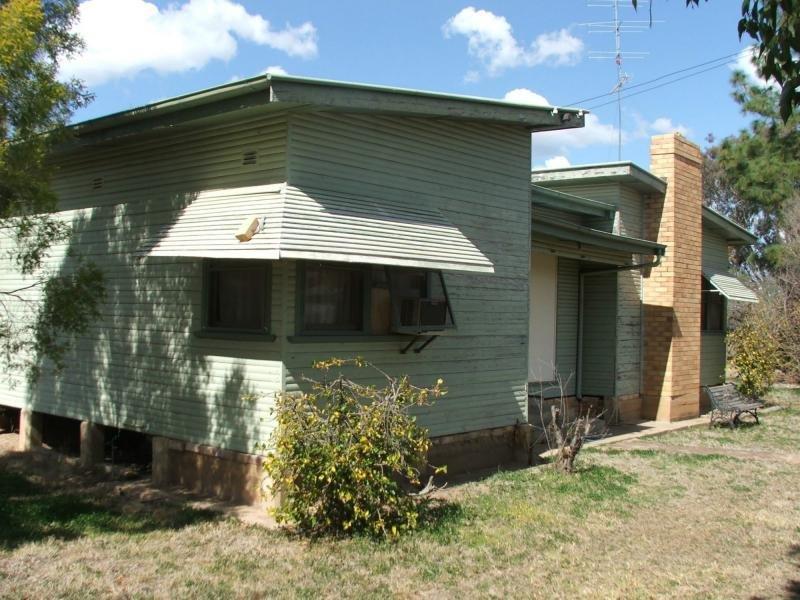 10 Narran Street, Collarenebri, NSW 2833