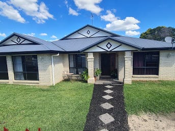 5 Russell Court, Wyreema, Qld 4352