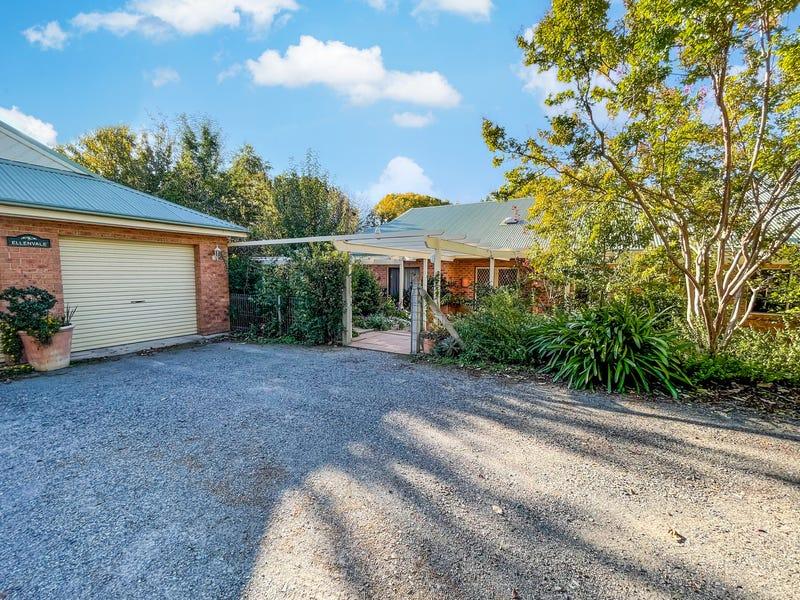 6 Harrow Lane, Yass, NSW 2582