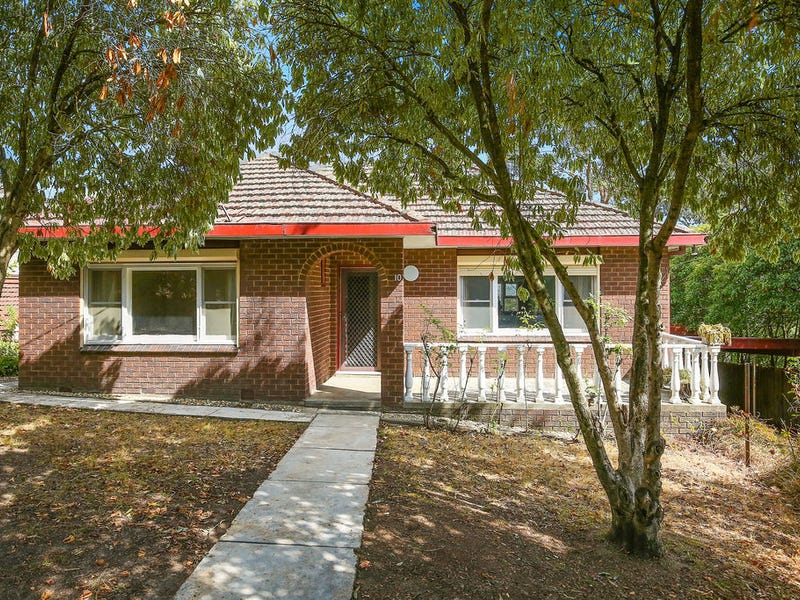 10 Deschamps Avenue, Lilydale, Vic 3140