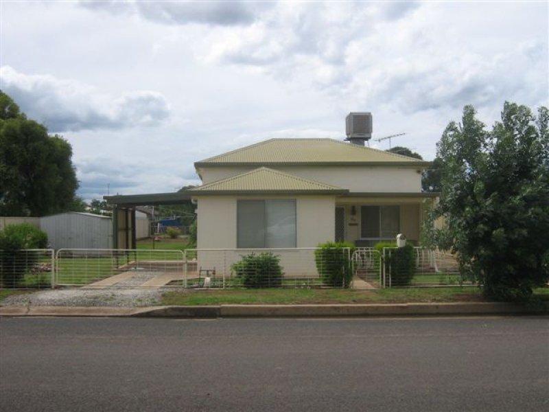 89 Molesworth Street, Hillston, NSW 2675