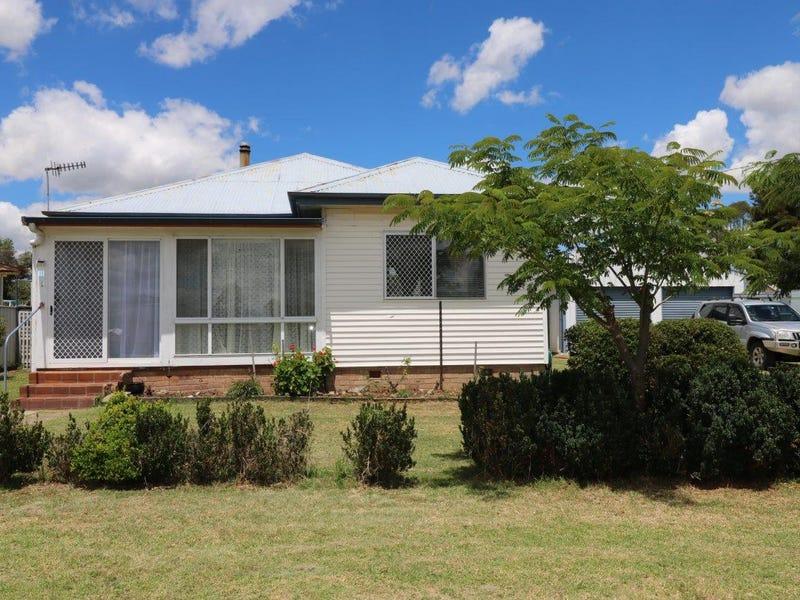 11 Bourke Street, Glen Innes, NSW 2370