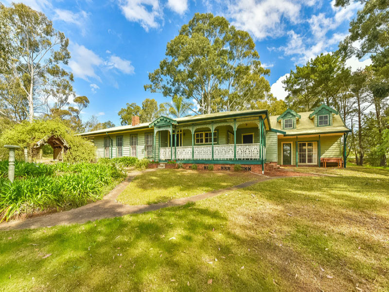130  Donalds Range Road, Razorback, NSW 2571