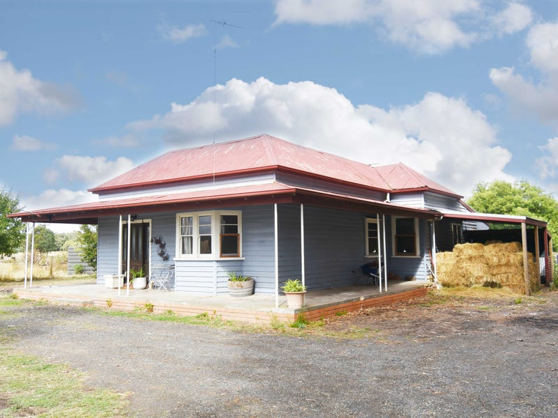 306 State Forest Road, Ross Creek, Vic 3351