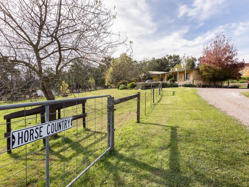 31 McKillop Road, Wandin North, Vic 3139