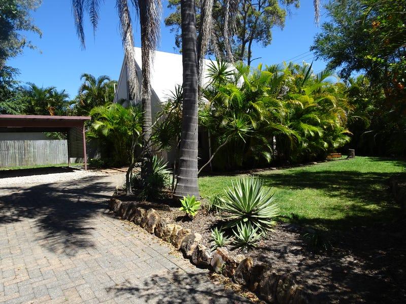 24 Boomba Street, Pacific Paradise, Qld 4564