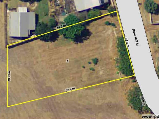 5 McDowell Street, Yarloop, WA 6218