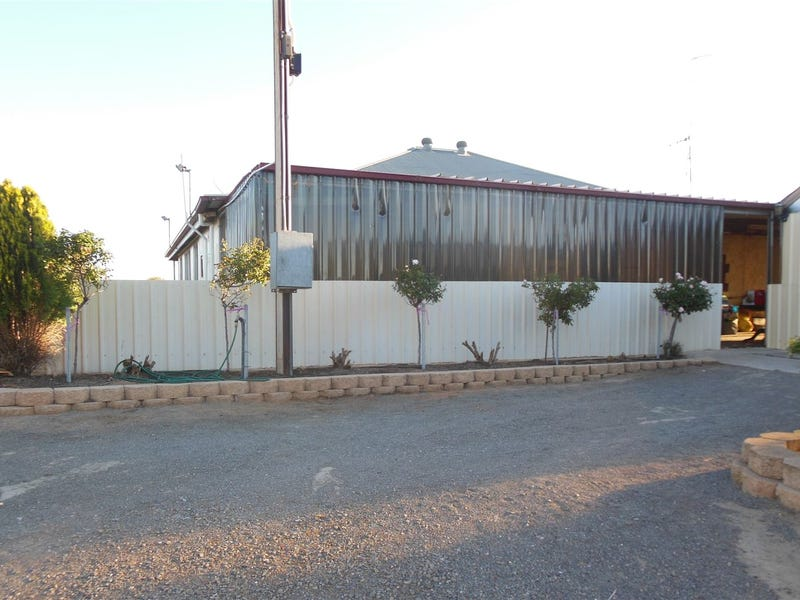 194 Youngs Road, Port Broughton, SA 5522