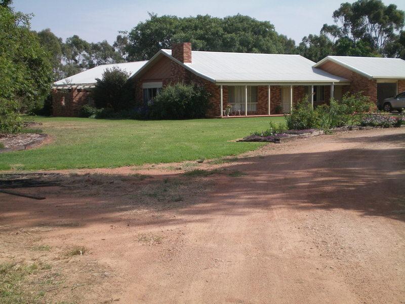 137 High Park Road, Narromine, NSW 2821