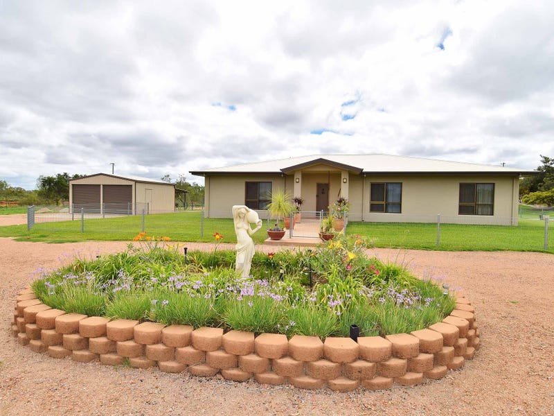 64 ESTATE AVENUE, Charters Towers City, Qld 4820