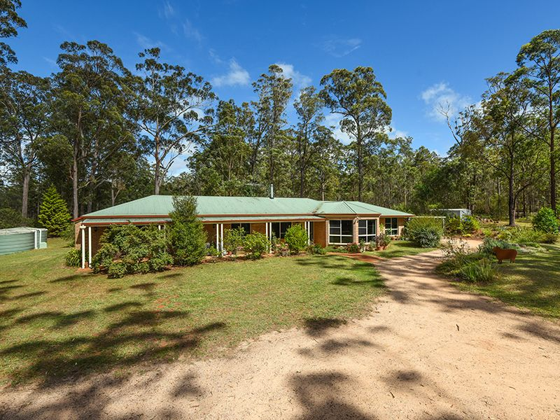 24 Jonas Road, Geham, Qld 4352