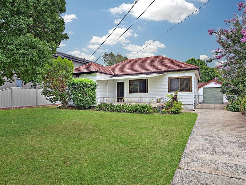 84 Kennedy Street, Picnic Point, NSW 2213