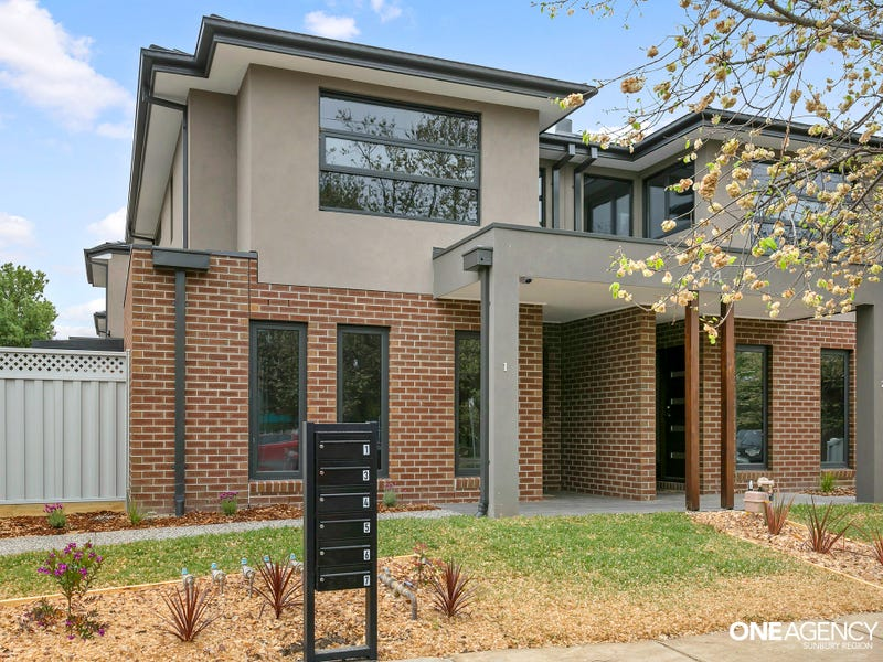 1/44 Barkly Street, Sunbury, Vic 3429