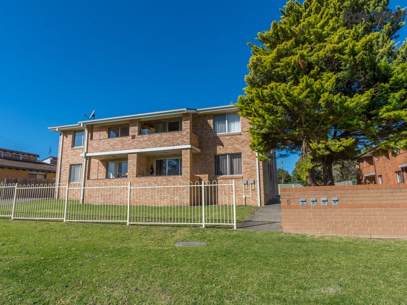4/5 Shorland Place, Nowra