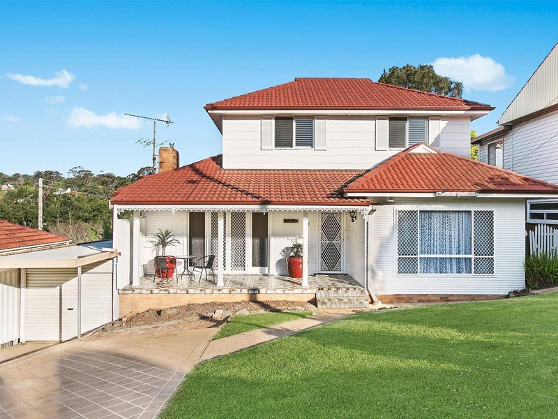 56 Stanleigh Crescent, West Wollongong, NSW 2500