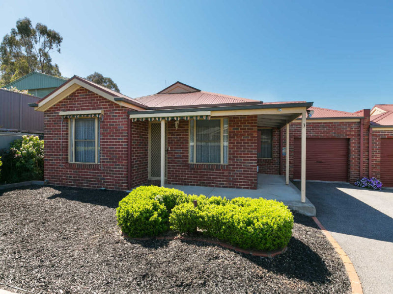 3/9 Saunders Street, West Bendigo, Vic 3550