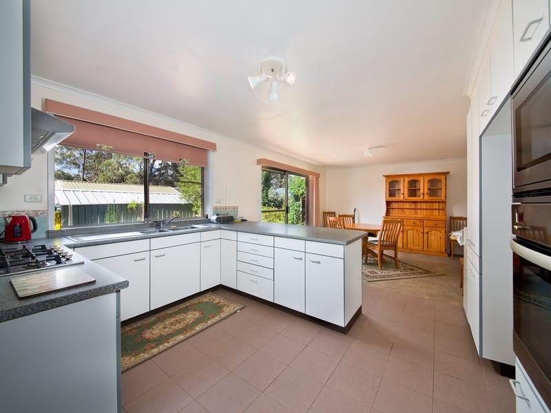 35 St Andrews Avenue, Blackheath, NSW 2785