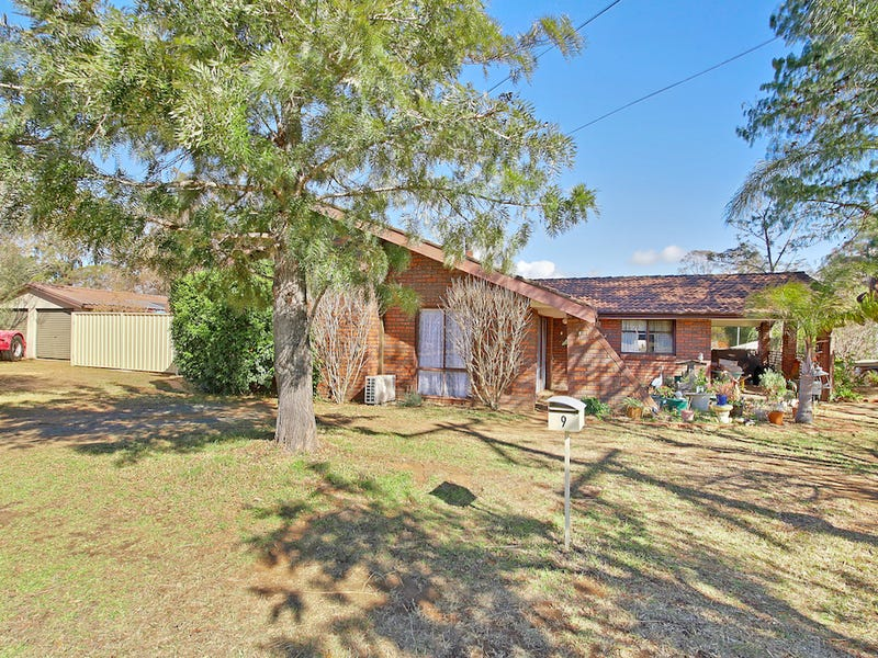 9 Courtland Ave, Tahmoor, NSW 2573