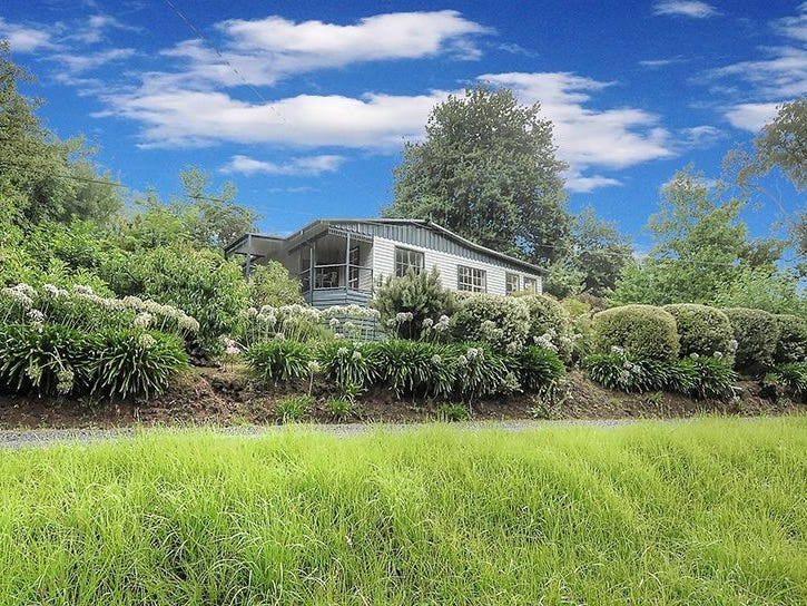 15 Surrey Road, Powelltown, Vic 3797