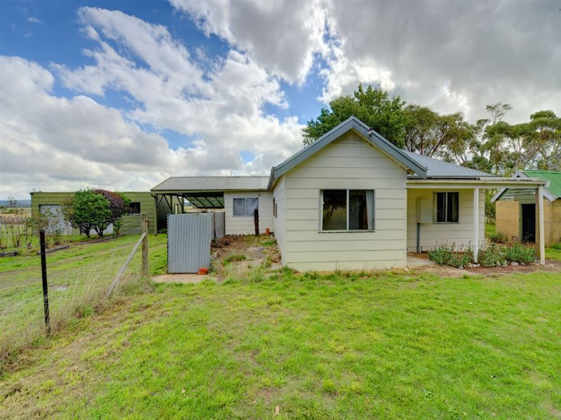 28 Irish Lane, Napoleons, Vic 3352