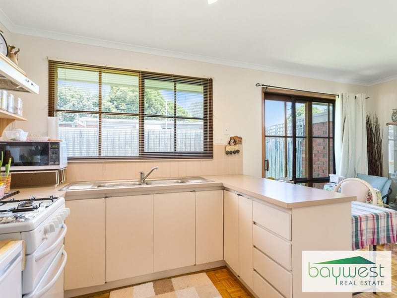 13/102 Victoria Street, Hastings, Vic 3915