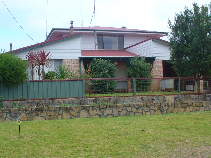 11 Williams Road, Peaceful Bay, WA 6333