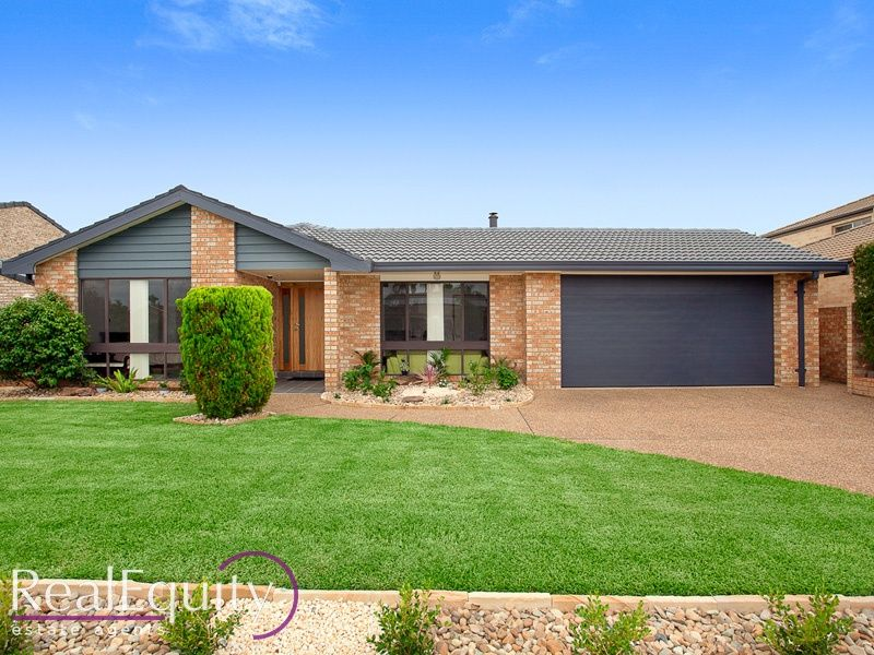 13 Banbury Crescent, Chipping Norton, NSW 2170