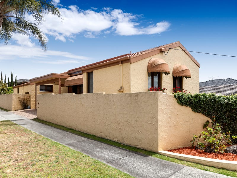 13 Classic Court, Oakleigh, Vic 3166
