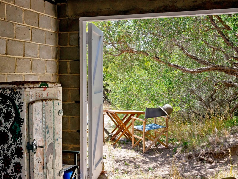 S43 Boat Shed On Shelly Beach, Portsea, Vic 3944