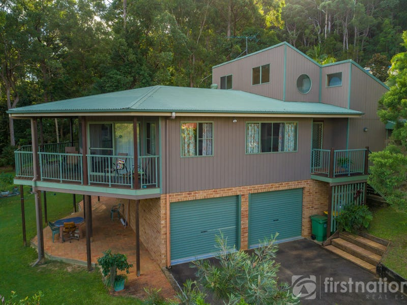 5 Knowles Place, Glass House Mountains