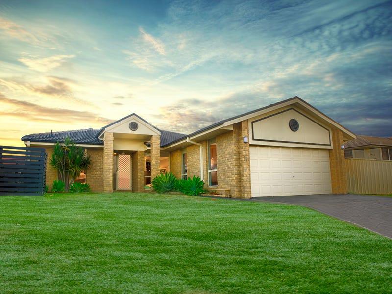 27 Strutt Crescent, Metford, NSW 2323