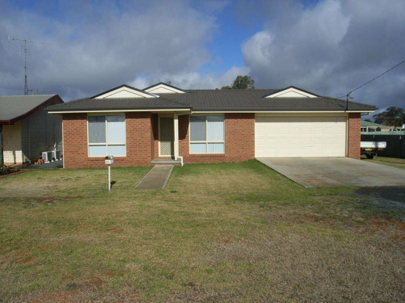44 Conway Street, Wyalong, NSW 2671