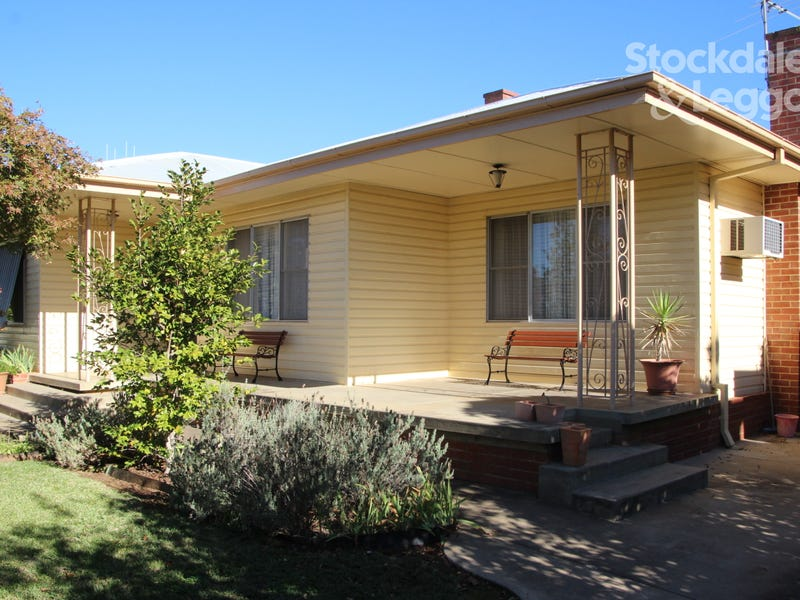 219 Federation Avenue, Corowa, NSW 2646