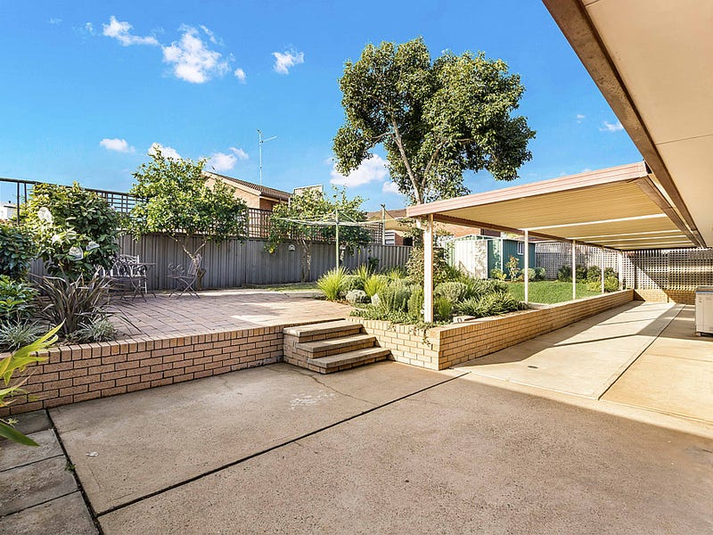 3 Keppel Circuit, Hinchinbrook, NSW 2168