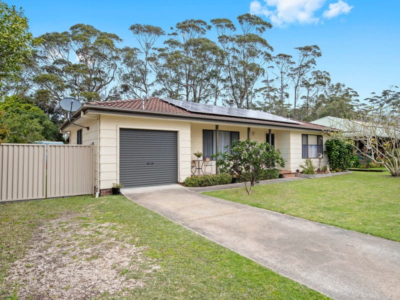 27 Weymouth Road, Lake Tabourie, NSW 2539