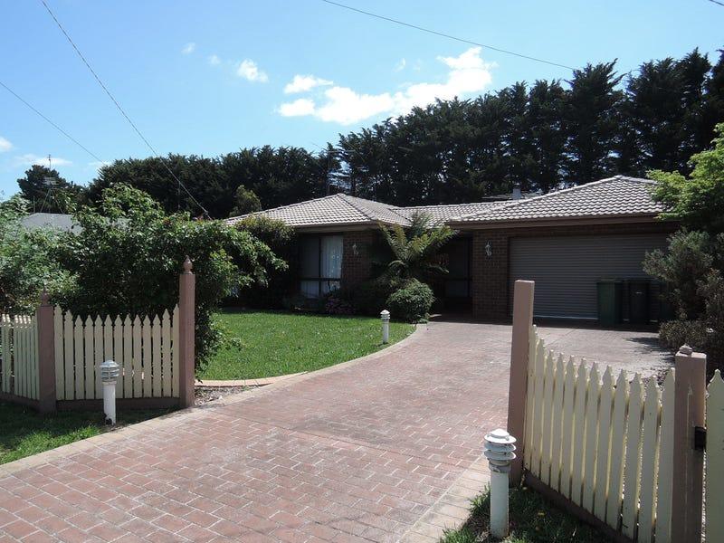 4 Woodworth Street, New Gisborne, Vic 3438