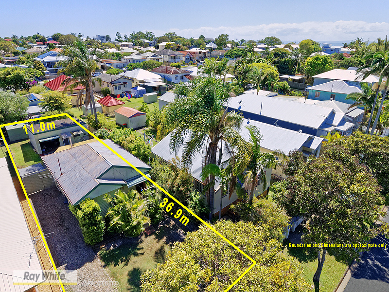 38 Bailey Street, Woody Point, Qld 4019